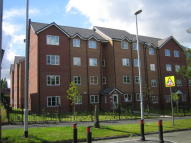 2 bed Flat to rent in Lantern Court, Hall Lane...