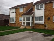 1 bed Ground Flat to rent in Havering Close...