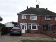 3 bed semi detached property to rent in Fernwood Avenue...
