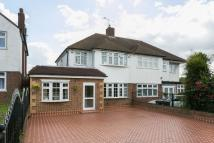 semi detached house in SEWARDSTONE ROAD EN9