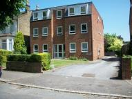 2 bedroom Flat to rent in FALMOUTH AVENUE E4