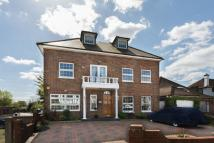 6 bed Detached house for sale in MEADOW WALK...