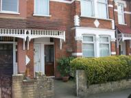 1 bed Maisonette to rent in BEECH HALL ROAD...