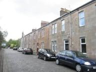Ground Flat to rent in Station Road, Kilsyth...