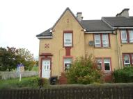 2 bed Ground Flat in Jarvie Avenue, Plains...