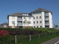 3 bed Ground Flat in Marling House...