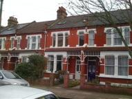 2 bed Flat to rent in Hardwicke Road...
