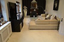 3 bed Apartment to rent in Park Avenue, Enfield, EN1