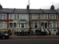 Flat to rent in High Road, Wood Green