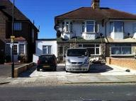 Flat to rent in Mitchell Road...