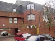 Flat to rent in Tash Place, Bounds Green