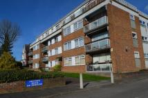 Ground Flat to rent in Church Hill, London, N21