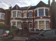 Apartment to rent in Osborne Road, London, N13