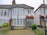 Sandringham Close property to rent