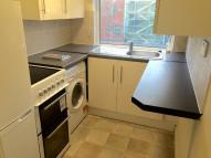 Flat in Hertford Road, London, N9