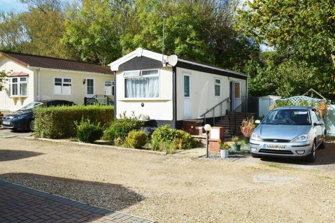 1 Bedroom Retirement Property For Sale In Park Home