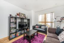Flat to rent in Frances Wharf...