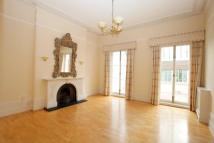 3 bed Flat to rent in Lennox House...