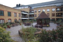 2 bedroom Flat to rent in Wapping High Street...