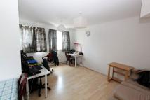 Flat to rent in Dawes Street...