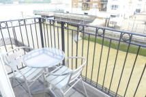 property to rent in Leeside Court, London SE16 5SZ