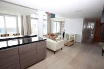 2 bed Flat to rent in Baltimore Wharf...