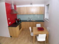 Flat to rent in Thames Heights...