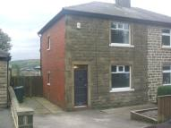 2 bedroom semi detached house to rent in Bankside Lane, Bacup...