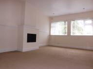 1 bedroom Flat to rent in Victoria Avenue...