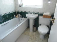 4 bedroom Terraced house in Westmoor Road, Enfield...