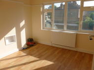 2 bed Maisonette in BRUNSWICK PARK ROAD...