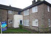 Flat in Travis Road, Cottingham...