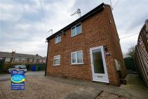 2 bed Flat in Crossfield Road, Hessle...