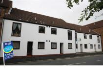 2 bedroom Apartment to rent in Elm Tree Court...