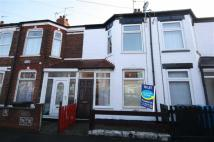 Terraced house to rent in Huntingdon Street, Hull...