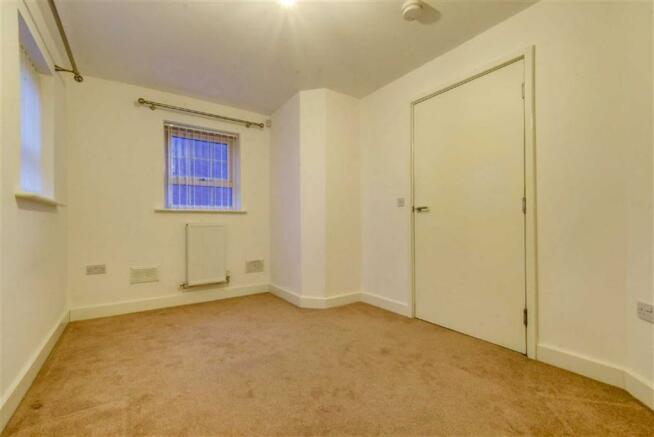 Downstairs Bedroom (
