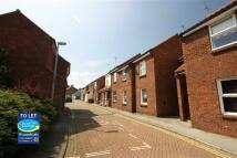 Flat to rent in Grovehill, Hessle, HU13