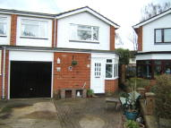4 bed semi detached property in Wingfield Close, New Haw...
