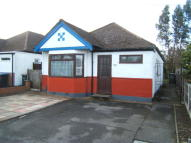 Detached Bungalow in Selsdon Road, New Haw...