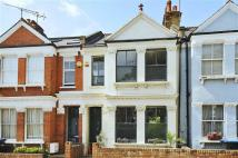 3 bed Terraced property in Tennyson Road, London