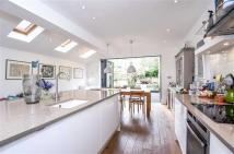 4 bed Terraced home in Torbay Road, Queens Park...