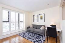 Flat to rent in 449-451 High Road...