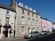 Ground Flat to rent in Whiting Street...