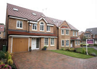 4 bed Detached house in Principal Rise...