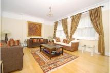 4 bedroom Flat to rent in Marlborough Mansions...