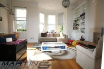 2 bedroom Flat in Fellows Road...