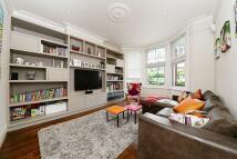 3 bedroom home to rent in Hillfield Road...