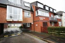 Flat for sale in Hythe
