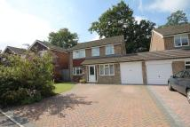 4 bedroom Detached house in Charlesworth Park...