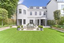 5 bedroom property in Cresswell Place, London...